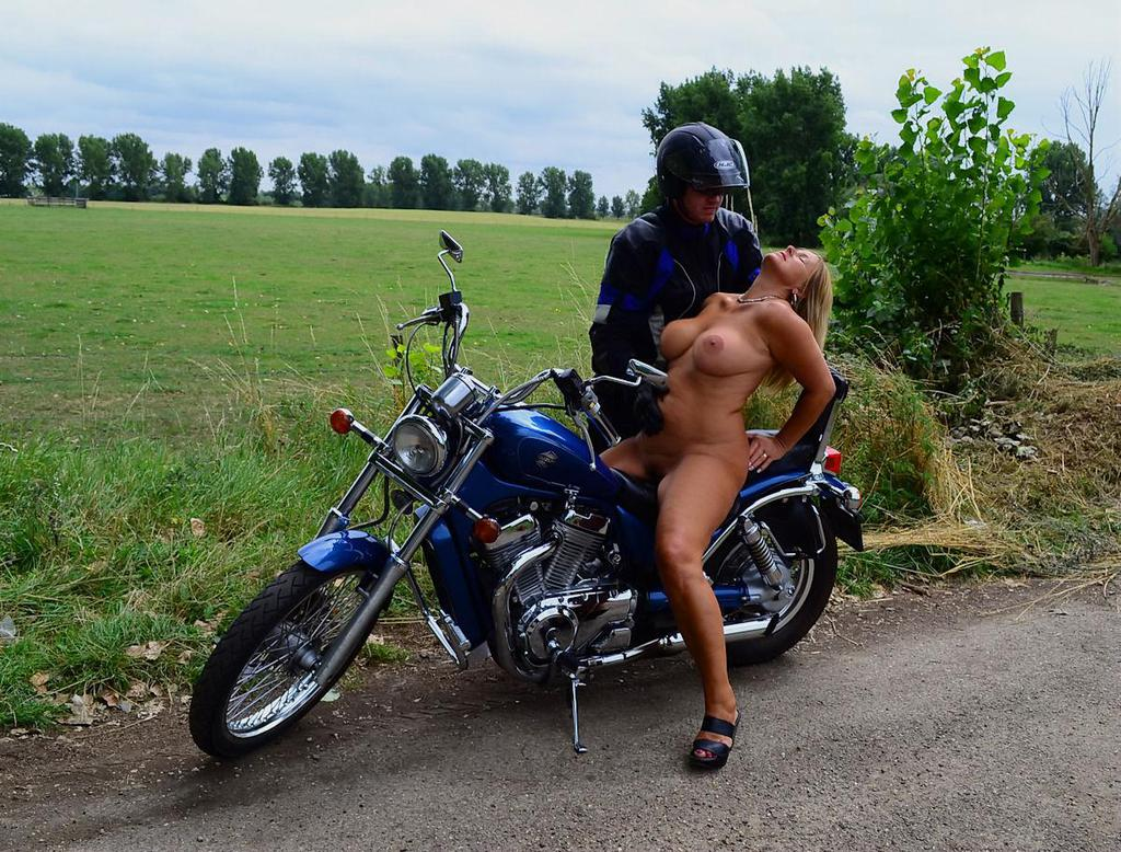 nude hot motorcycle chick